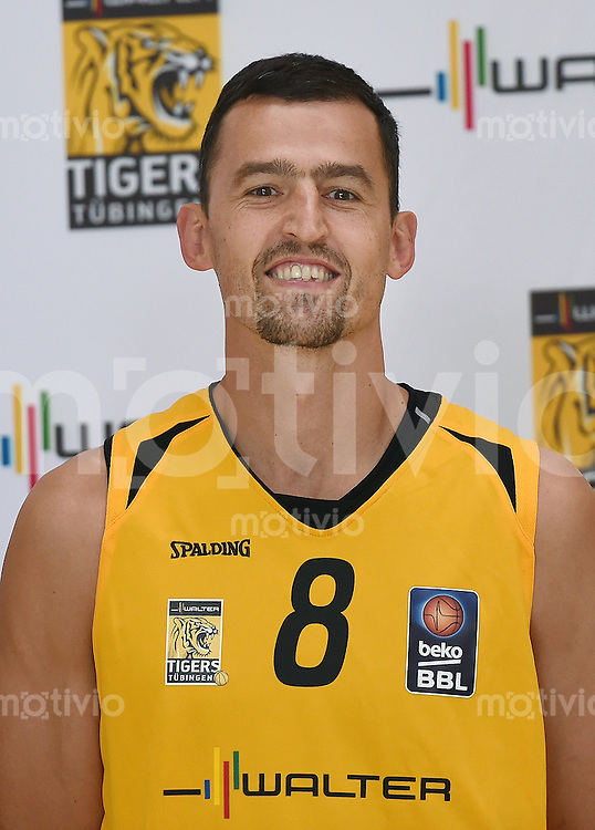 Basketball 1. Bundesliga 2014/2015 Walter Tigers Tuebingen       01.09.2014 Aleksandar Nadjfeji (Tigers)