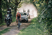 "Jan-Willem Van Schip (NED/Roompot-Nederlandse Loterij) hiding Guillaume Van Keirsbulck (BEL/Wanty-Groupe Gobert) in his wake<br /> <br /> Antwerp Port Epic 2018 (formerly ""Schaal Sels"")<br /> One Day Race:  Antwerp > Antwerp (207 km; of which 32km are cobbles & 30km is gravel/off-road!)"