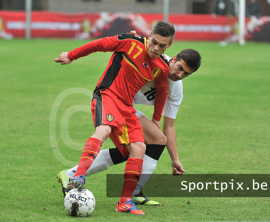 Georgia U19 - Belgium U19 : Leandro Trossard and Aleksandre Gureshidze (16)<br /> foto DAVID CATRY / Nikonpro.be