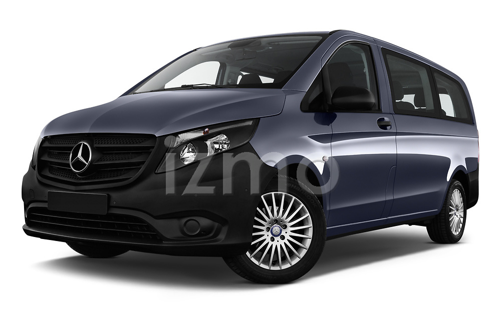 Stock pictures of low aggressive front three quarter view of 2017 Mercedes Benz Vito-Tourer Pro 4 Door Combi Low Aggressive