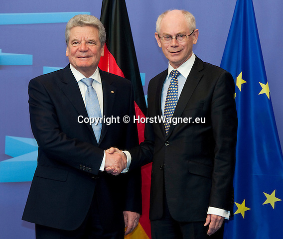 Brussels-Belgium, April 16, 2012 -- Herman Van ROMPUY (ri), President of the European Council, welcomes Joachim GAUCK (le), President of the Federal Republic of Germany -- Photo: © HorstWagner.eu