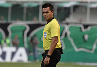 PALMIRA - COLOMBIA, 03-08-2019: Nicolas Gallo, arbitro, durante partido entre Deportivo Cali y La Equidad por la fecha 4 de la Liga Águila II 2019 jugado en el estadio Deportivo Cali de la ciudad de Palmira. / Nicolas Gallo, referee, during match between Deportivo Cali and La Equidad for the date 4 as part Aguila League II 2019 played at Deportivo Cali stadium in Palmira city. Photo: VizzorImage / Gabriel Aponte / Staff