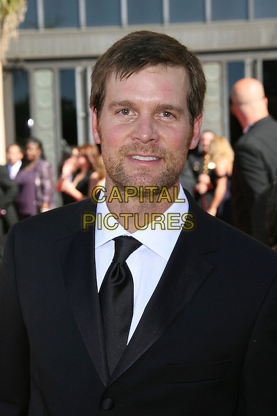 PETER KRAUSE.Red Carpet Arrivals - 58th Annual Primetime Emmy Awards held at the Shrine Auditorium,  Los Angeles, California, USA, 27 August 2006..emmys portrait headshot.Ref: ADM/ZL.www.capitalpictures.com.sales@capitalpictures.com.©Zach Lipp/AdMedia/Capital Pictures.