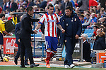 Atletico de Madrid´s Mandzukic with coach Diego Pablo Simeone (L) and second coach Mono Burgos during 2014-15 La Liga match between Atletico de Madrid and Deportivo de la Coruña at Vicente Calderon stadium in Madrid, Spain. November 30, 2014. (ALTERPHOTOS/Victor Blanco)