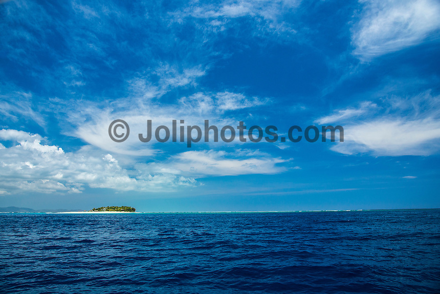 Kamp Kalama, Namotu Island Resort , Fiji. (Tuesday November 3, 2015) There were very light SE Trades early before easing off mid morning and staying variable for the rest of the day. The swell was in the 3'- 4'+ range with surf sessions at Namotu Lefts, Humus and Swimming Pools.  Lefts was the pick of the spots early with many of the Kampers out in the line up. The Fisherman caught a good catch of Yellow Fin Tuna and Mahi Mahi this morning. Photo: joliphotos.com