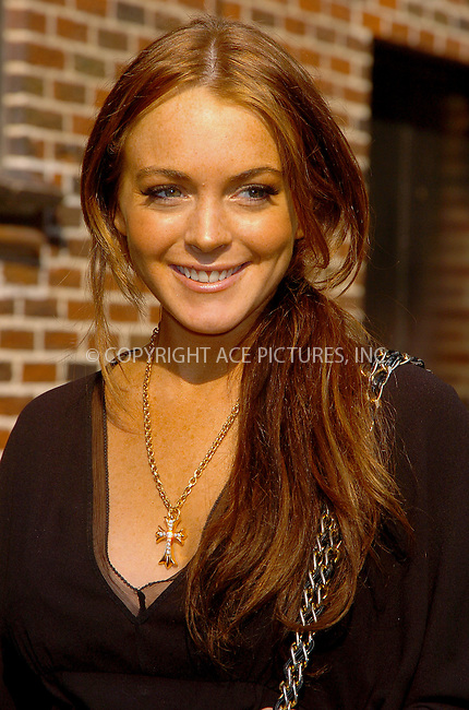 WWW.ACEPIXS.COM . . . . .  ....NEW YORK, JUNE 5, 2006....Lindsay Lohan makes a guest appearance at 'The Late Show with David Letterman'.....Please byline: AJ Sokalner - ACEPIXS.COM.... *** ***..Ace Pictures, Inc:  ..(212) 243-8787 or (646) 769 0430..e-mail: picturedesk@acepixs.com..web: http://www.acepixs.com