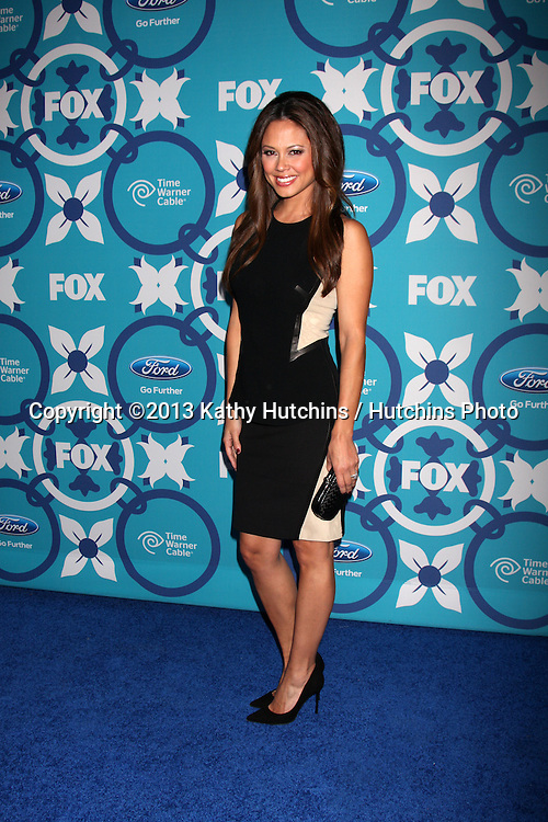 LOS ANGELES - SEP 9:  Vanessa Lachey at the FOX Fall Eco-Casino Party at The Bungalow on September 9, 2013 in Santa Monica, CA