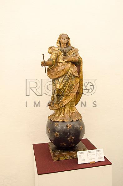 Nossa Senhora da Consolação, século XVIII, estuque e madeira policromada, Portugual. Acervo do Museu de Arte Sacra de São Paulo, São Paulo - SP, 02/2013.