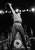 PAT BENATAR, LIVE, 1980, NEIL ZLOZOWER