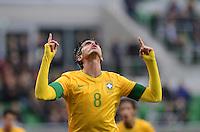 FUSSBALL   INTERNATIONAL   Testspiel    Japan - Brasilien          16.10.2012 JUBEL Brasilien; Torschuetze zum 0-4 KAKA