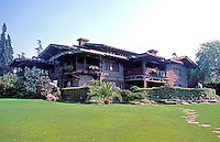 Greene & Greene: Gamble House 1908. Rear.  Photo '85.