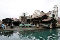 Il cantiere dello Squero San Trovaso a Venezia.<br /> Shipyard of the Squero San Trovaso, Venice.<br /> UPDATE IMAGES PRESS/Riccardo De Luca
