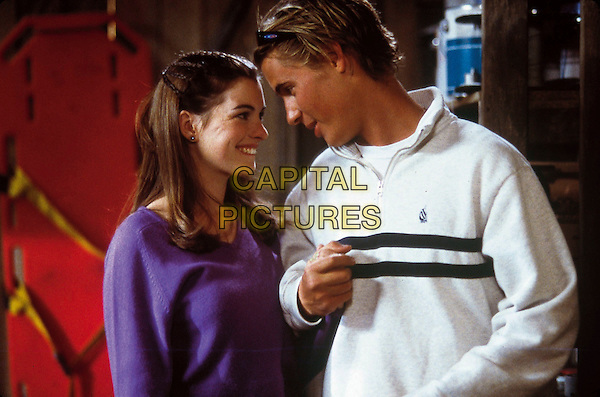 ANNE HATHAWAY & ERIK VON DETTEN.in The Princess Diaries.Filmstill - Editorial Use Only.Ref: FB.www.capitalpictures.com.sales@capitalpictures.com.Supplied By Capital Pictures.