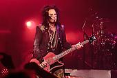 Sep 21, 2013: MOTLEY CRUE - The Joint Las Vegas NV USA