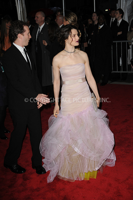 WWW.ACEPIXS.COM . . . . . ....May 4 2009, New York City....(L-R) Filmmaker Darren Aronofsky and actress Rachel Weisz arriving at 'The Model as Muse: Embodying Fashion' Costume Institute Gala at The Metropolitan Museum of Art on May 4, 2009 in New York City.....Please byline: KRISTIN CALLAHAN - ACEPIXS.COM.. . . . . . ..Ace Pictures, Inc:  ..tel: (212) 243 8787 or (646) 769 0430..e-mail: info@acepixs.com..web: http://www.acepixs.com