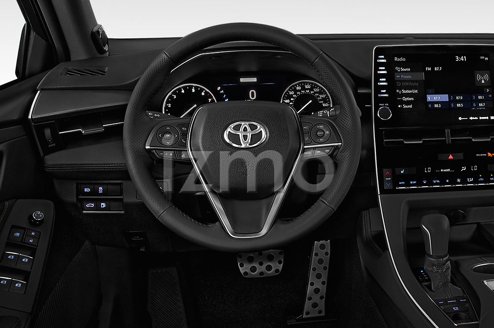 Car pictures of steering wheel view of a 2019 Toyota Avalon XSE 4 Door Sedan