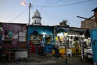 DJIBOUTI , Djibouti city, shops at market and Hamoudi Mosque in old town / DSCHIBUTI, Dschibuti Stadt, Markt und Hamoudi Moschee in der Altstadt