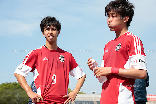 (L to R) <br /> Ryuolivier Iwamoto, <br /> Rikiya Motegi (U-22 J.League), <br /> APRIL 29, 2015 - Football /Soccer : <br /> 2015 J3 League match <br /> between Y.S.C.C.Yokohama 0-0 U-22 J.League selection <br /> at NHK Spring Mitsuzawa Football Stadium, Kanagawa, Japan. <br /> (Photo by AFLO SPORT)