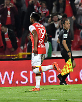 BOGOTA - COLOMBIA - 30 - 11 - 2017: Wilson Morelo, jugador de Independiente Santa Fe, corre a celebrar el gol anotado a Jaguares F. C., durante partido de vuelta de los cuartos de final entre Independiente Santa Fe y Jaguares F. C., de la Liga Aguila II 2017 en el estadio Nemesio Camacho El Campin de la ciudad de Bogota.  / Wilson Morelo, player of Independiente Santa Fe, runs to celebrates a goal scoring to Jaguares F. C., during a match between Independiente Santa Fe y Jaguares F. C., of the quarter of finals for the Liga Aguila II 2017 at the Nemesio Camacho El Campin Stadium in Bogota city, Photo: VizzorImage / Luis Ramirez / Staff.