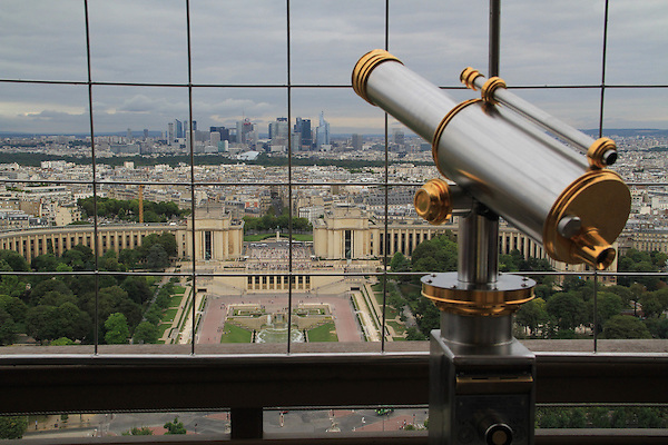 Get back a bit and frame your composition.<br />