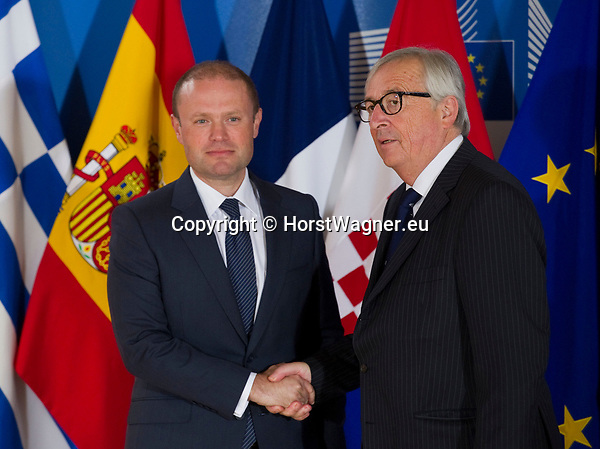 Belgium, Brussels - June 24, 2018 -- Informal working meeting on migration and asylum issues convened by Jean-Claude JUNCKER (ri), President of the European Commission, here welcoming Joseph MUSCAT (le), Primer Ministro de Malta -- Photo © HorstWagner.eu