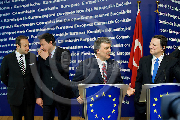 BRUSSELS - BELGIUM - 26 MARCH 2009 -- Turkey's President Abdullah Gul (C) hold a joint news conference with European Commission President Jose Manuel Barroso (2nd R) while Turkey's chief EU negotiator Egemen Bagis (L) and Turkey's Foreign Minister Ali Babacan (2nd L) stand behind at the EC headquarters in Brussels. Gul is on a one-day visit to Belgium. Photo: Erik Luntang/EUP-IMAGES