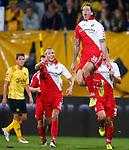 Nederland, Kerkrade, 21 september 2012.Eredivisie.Seizoen 2012-2013.Roda JC-FC Utrecht.Dave Bulthuis van FC Utrecht springt een gat in de lucht nadat hij een doelpunt heeft gemaakt