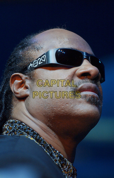 STEVIE WONDER.Tiger Jam VIII benefiting the Tiger Woods Foundation held at Mandalay Bay Resort & Casino, Las Vegas, Nevada. .May 21st, 2005.Photo Credit: Laura Farr/AdMedia.stage concert live gig sunglasses shades headshot portrait.www.capitalpictures.com.sales@capitalpictures.com.© Capital Pictures.