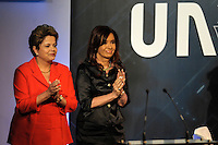 ATENCAO EDITOR FOTO EMBARGADA PARA VEICULO INTERNACIONAL - LOS CARDALES, ARGENTINA  28 DE NOVEMBRO 2012 - A presidente do Brasil, Dilma Rousseff (e) encontra sua colega da Argentina, Cristina Fernandez de Kirchner durante a 18ºConferência da União da Indústria da Argentina em Los Cardales, a 70 quilômetros ao norte de Buenos Aires. FOTO: JUANI RONCORONI - BRAZIL PHOTO PRESS.