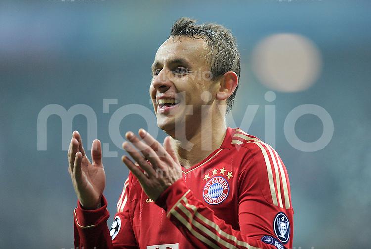FUSSBALL   CHAMPIONS LEAGUE   SAISON 2011/2012     22.11.2011 FC Bayern Muenchen - FC Villarreal Rafinha (FC Bayern Muenchen)