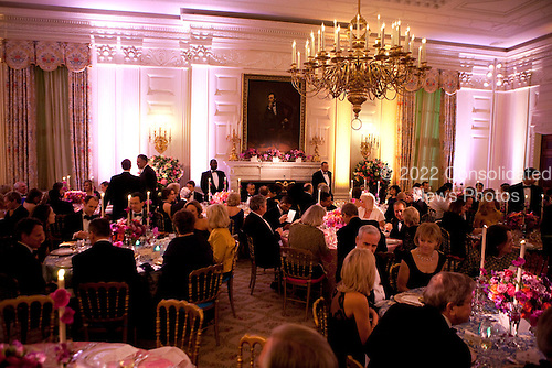 Governors and their guests attend the 2011 Governors Dinner in the State Dinning room of the White House in Washington, D.C., U.S., on Sunday, February 27, 2011. .Credit: Joshua Roberts / Pool via CNP