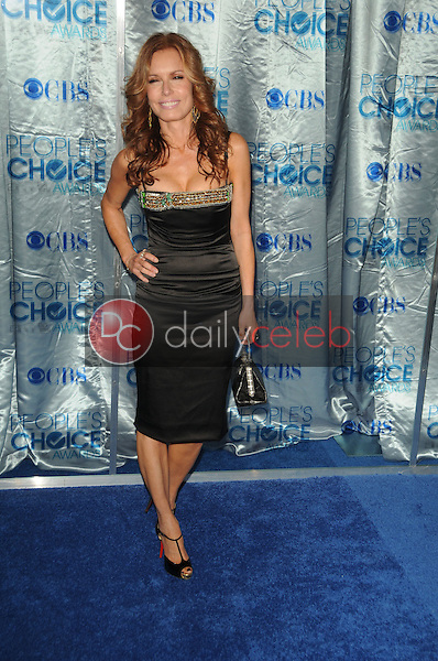 Tracey E. Bregman<br /> at the 2011 People's Choice Awards - Arrivals, Nokia Theatre, Los Angeles, CA. 01-05-11<br /> David Edwards/DailyCeleb.com 818-249-4998