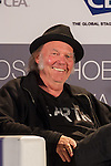 NEIL YOUNG - CES