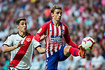 Antoine Griezmann (R) of Atletico de Madrid fights for the ball with Roberto Roman Triguero, Tito L R, of Rayo Vallecano during the La Liga 2018-19 match between Atletico de Madrid and Rayo Vallecano at Wanda Metropolitano on August 25 2018 in Madrid, Spain. Photo by Diego Souto / Power Sport Images
