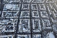 Hamburg Harvestehude im Winter: EUROPA, DEUTSCHLAND, HAMBURG, (EUROPE, GERMANY), 21.12.2009: Hamburg Harvestedude im Winter, verschneite Daecher, Schnee, rechts die Grindelhochhaeuser, links der Tennisanlage Rotherbaum, Parkallee, <br />Wohnen, Gemischte Wohnlage, Haus, Wohnhaus, Altbau, Neubau, dicht, voll, gedraengt, gemuetlich, Buero, Geschaefthaus,  Winter, Schnee, Waermedaemmung, Isolierung, kalt, Heizung, <br />Überblick, Altstädte, Altstadt, Altstaedte, am, Ansicht, Ansichten, Architektur, außen, Außenaufnahme, aussen, Aussenaufnahme, Aussenaufnahmen, Bau, Bauten, Bauwerk, Bauwerke, bei, BRD, Bundesrepublik, Cities, City, deutsch, deutsche, deutscher, deutsches, Deutschland, draußen, Draufsicht, Draufsichten, draussen,  europäisch, europäische, europäischer, europäisches, Europa, europaeisch, europaeische, europaeischer, europaeisches,  Gebaeude, Gegend, im, Luftaufnahme, Luftaufnahmen, Luftbild, Luftbilder, Luftfoto, Luftfotos, Luftphoto, Luftphotos,  menschenleer, niemand,  Schnee, schneebedeckt, schneebedeckte, schneebedeckter, schneebedecktes,Stadt, Stadtansicht, Stadtansichten, Stadtteil, Stadtteile, Stadtviertel, Staedte, staedtisch, staedtische, staedtischer, staedtisches, Tag, Tage, Tageslicht, tagsueber, Ueberblick, urban, urbane, urbaner, urbanes, verschneit, verschneite, verschneiter, verschneites, Viertel, Vogelperspektive, Vogelperspektiven,