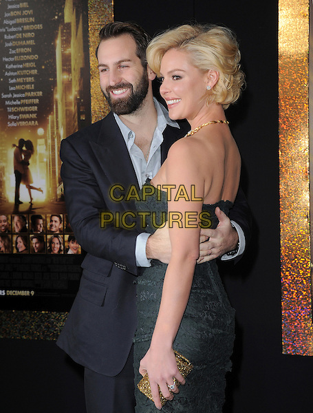 "Josh Kelley & Katherine Heigl.The World Premiere of ""New Year's Eve' held at The Grauman's Chinese Theatre in Hollywood, California, USA..December 5th, 2011.half length dress black lace strapless suit beard facial hair married husband wife gold necklace diamonds arms around waist side profile .CAP/RKE/DVS.©DVS/RockinExposures/Capital Pictures."