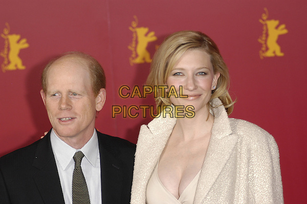 RON HOWARD & CATE BLANCHETT.Berlin Film Festival, Germany .07 February 2004.www.capitalpictures.com.sales@capitalpictures.com.©Capital Pictures