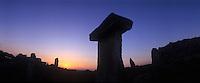 Europe/Espagne/Baléares/Minorque : Talayot de Trepuco  - Construction en forme de cône tronqué de 10 à 30 m de diamètre constitué d'énormes blocs de pierre empilés les uns sur les autres. Monument préhistorique