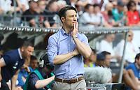 Trainer Niko Kovac (Eintracht Frankfurt) besorgt - 21.04.2018: Eintracht Frankfurt vs. Hertha BSC Berlin, Commerzbank Arena