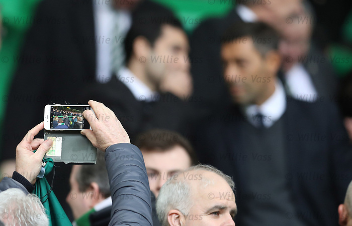 Celtic fans straining to get pictures of Pedro Caixinha