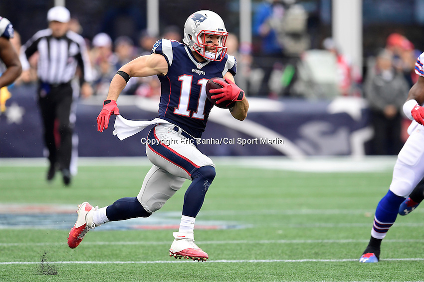 Sunday, October 2, 2016: New England Patriots wide receiver Julian Edelman (11) in game action during the NFL game between the Buffalo Bills and the New England Patriots held at Gillette Stadium in Foxborough Massachusetts. Buffalo defeats New England 16-0. Eric Canha/Cal Sport Media