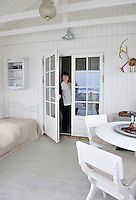 Vibeke Myhrer Svendsen welcoming visitors to her family home