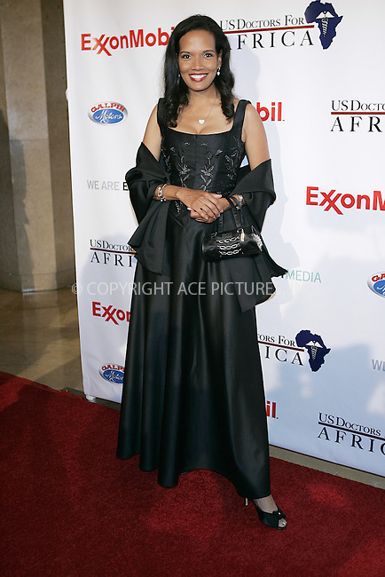 WWW.ACEPIXS.COM . . . . . ....April 21 2009, Beverly Hills CA....Actress Shari Headley arriving at the 1st Annual Historic Health Summit Gala at the Beverly Hilton on April 21, 2009 in Beverly Hills, California.....Please byline: JOE WEST- ACEPIXS.COM.. . . . . . ..Ace Pictures, Inc:  ..(646) 769 0430..e-mail: info@acepixs.com..web: http://www.acepixs.com