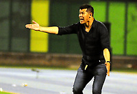 BARRANCABERMEJA - COLOMBIA, 03-03-2018:  Jorge Almiron técnico de Atlético Nacional gesticula durante partido con Alianza Petrolera fecha 6 de la Liga Águila I 2018 disputado en el estadio Daniel Villa Zapata de la ciudad de Barrancabermeja. / Jorge Almiron coach of Atletico Nacional gestures during match against Alianza Petrolera for the date 6 of the Aguila League I 2018 played at Daniel Villa Zapata stadium in Barrancebermeja city. Photo: VizzorImage / Jose Martinez / Cont