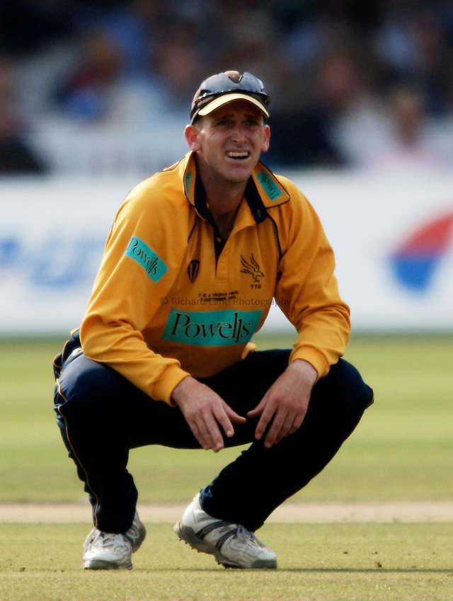 Photo: Glyn Thomas..Hampshire v Warwickshire. C&G Trophy Final..03/09/2005..Hampshire's John Crawley.