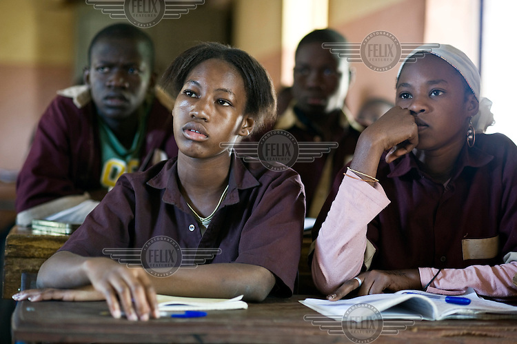 Girls at school in Bamako, supported by AAdec, one of the local partners of Oxfam Novib and Oxfam International.