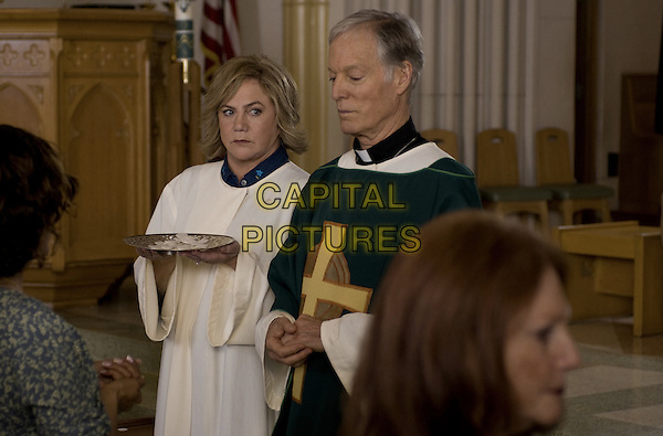 KATHLEEN TURNER, RICHARD CHAMBERLAIN.in The Perfect Family.*Filmstill - Editorial Use Only*.CAP/FB.Supplied by Capital Pictures.