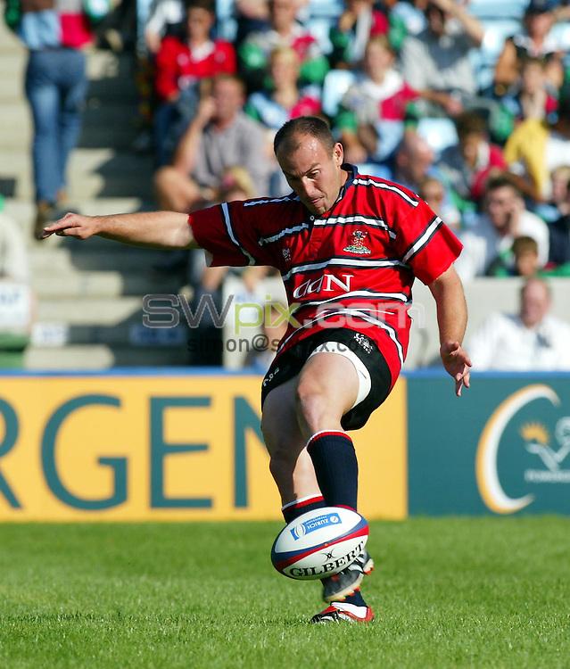 Pix: Rob Matthews/SWpix.com.  Rugby Union. Zurich Premiership. Harlequins v Gloucester. 31/08/2002...COPYRIGHT PICTURE>>SIMON WILKINSON>>01943 436649>>..Gloucester's Ludovic Mercier.