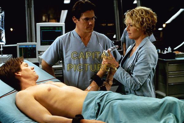 Kevin Bacon, Josh Brolin & Elisabeth Shue.in Hollow Man  .*Filmstill - Editorial Use Only*.CAP/NFS.Supplied by Capital Pictures.