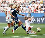 09.06.2019 England v Scotland Women: Claire Emslie scores for Scotland